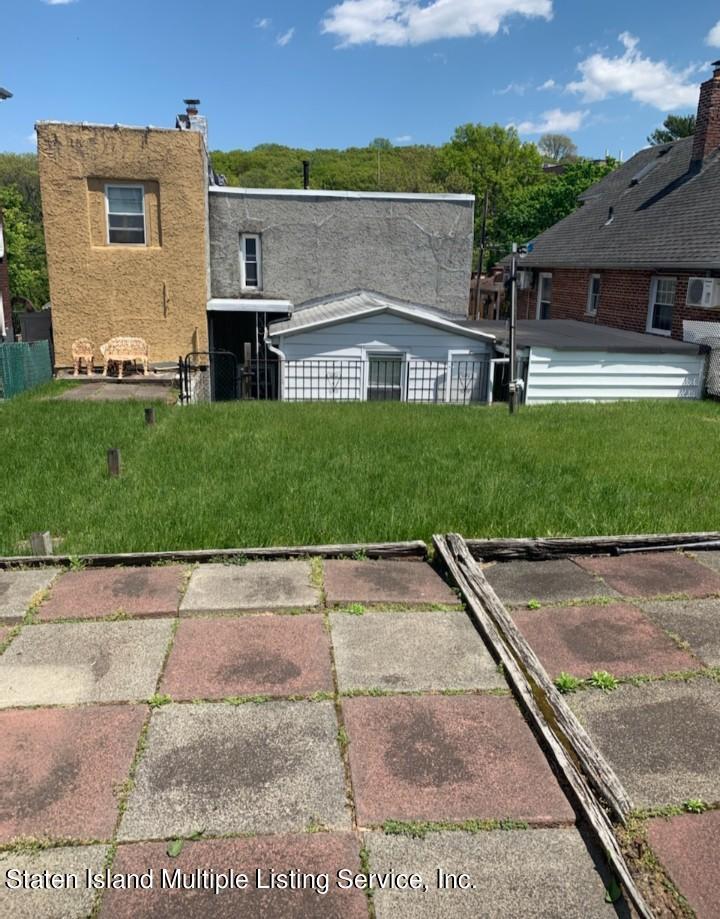 Single Family - Detached 24 Oneida Avenue  Staten Island, NY 10301, MLS-1146066-12