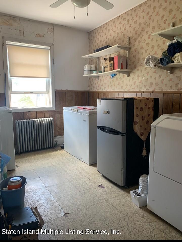 Single Family - Detached 24 Oneida Avenue  Staten Island, NY 10301, MLS-1146066-8