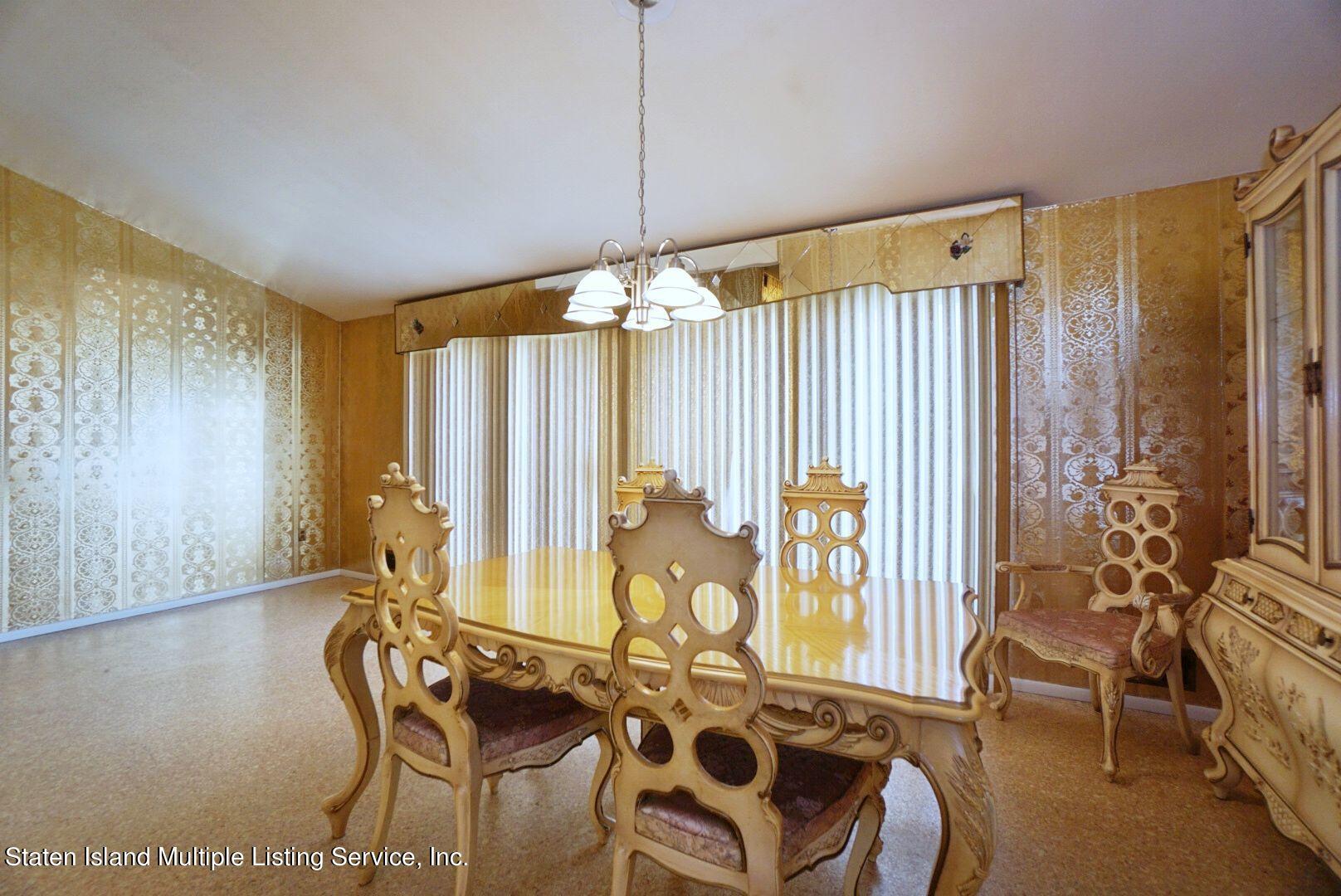 Single Family - Detached 94 Cranford Avenue  Staten Island, NY 10306, MLS-1146620-17