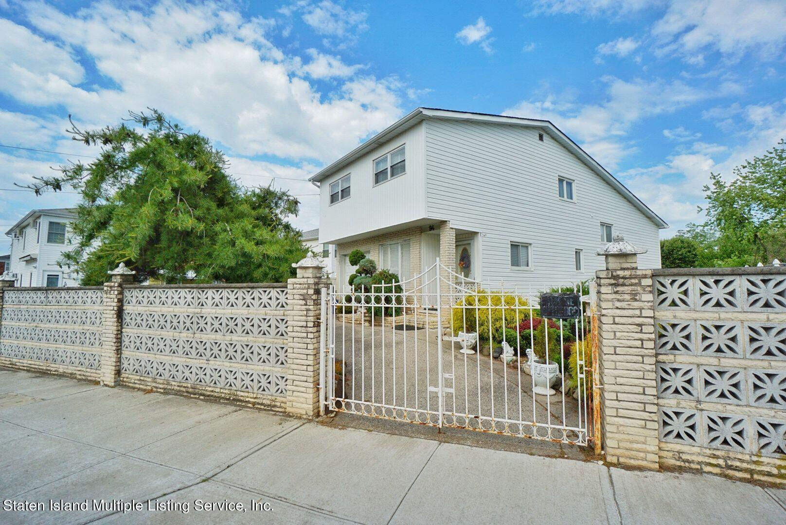 Single Family - Detached in Oakwood - New Dorp Heights - 94 Cranford Avenue  Staten Island, NY 10306
