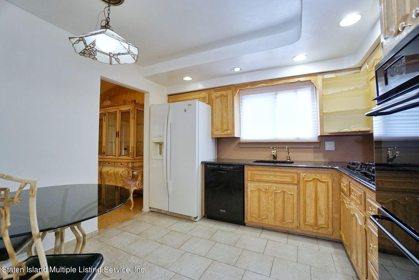 Single Family - Detached 94 Cranford Avenue  Staten Island, NY 10306, MLS-1146620-13