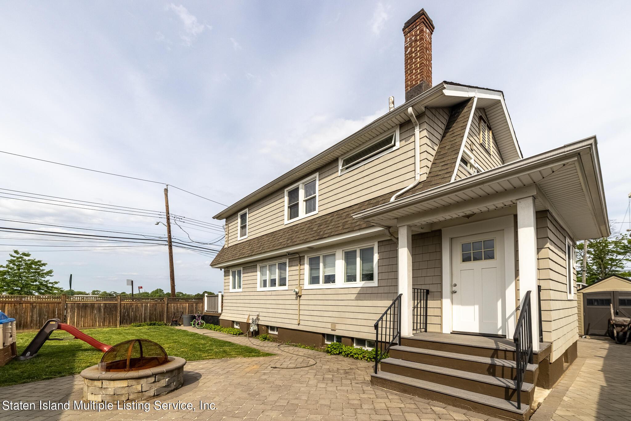 Single Family - Detached in New Dorp - 790 New Dorp Lane  Staten Island, NY 10306