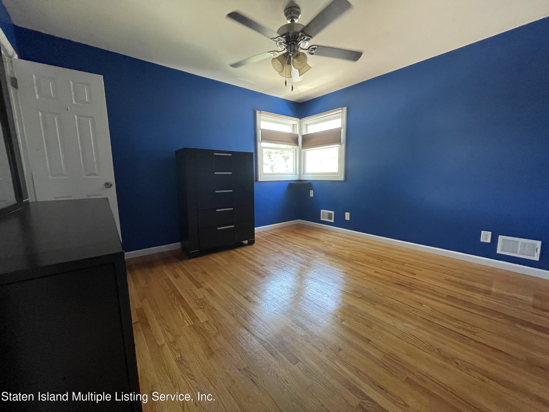 Single Family - Detached 21 Hawley Avenue  Staten Island, NY 10312, MLS-1146738-21