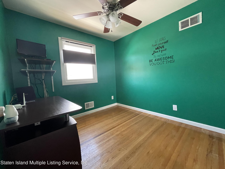 Single Family - Detached 21 Hawley Avenue  Staten Island, NY 10312, MLS-1146738-23