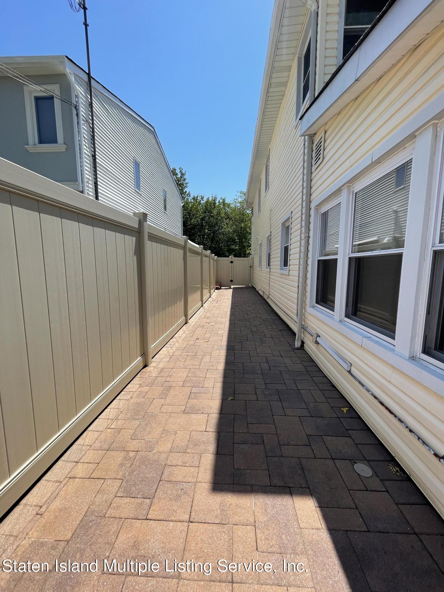 Single Family - Detached 21 Hawley Avenue  Staten Island, NY 10312, MLS-1146738-42