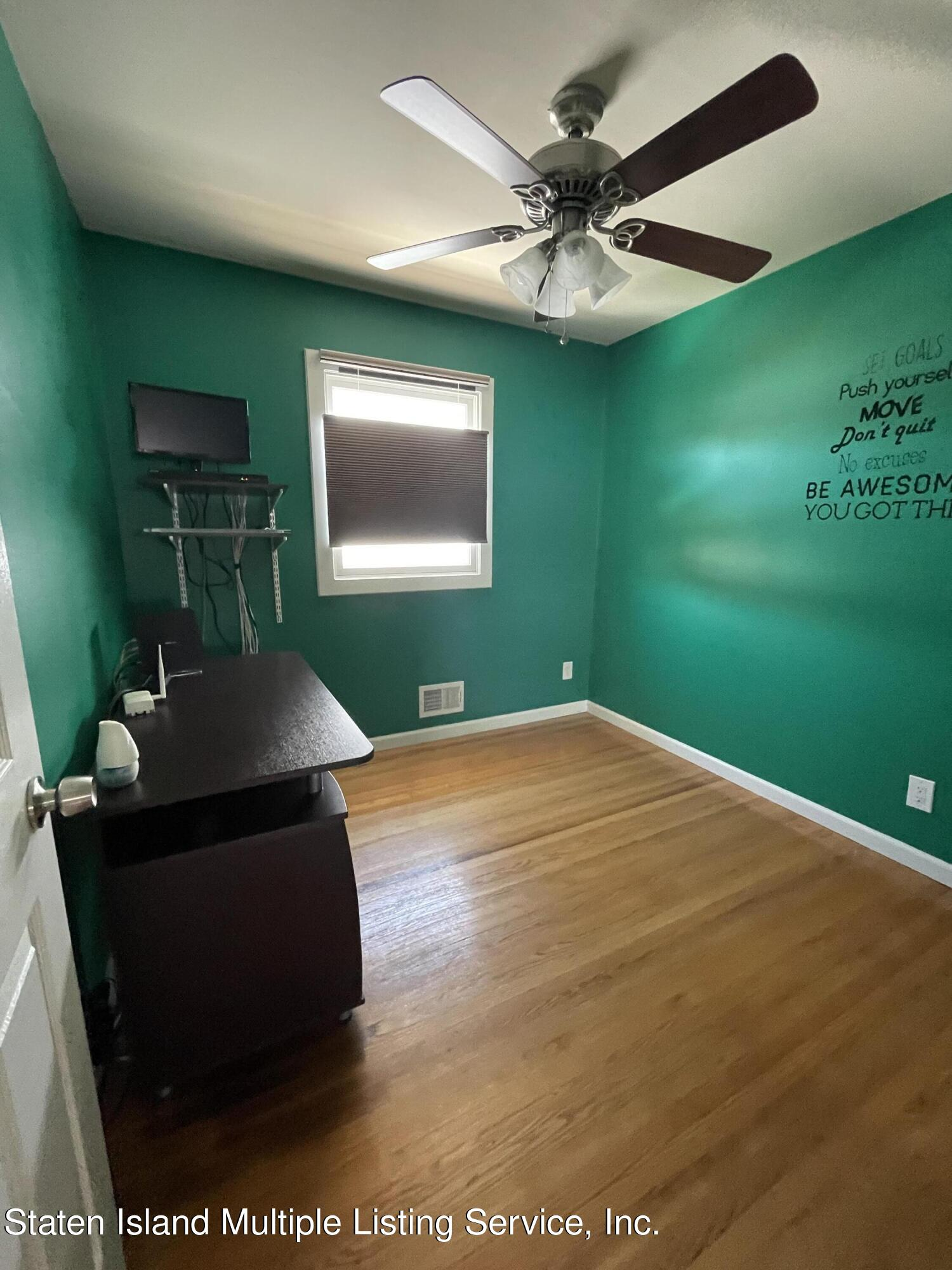 Single Family - Detached 21 Hawley Avenue  Staten Island, NY 10312, MLS-1146738-24