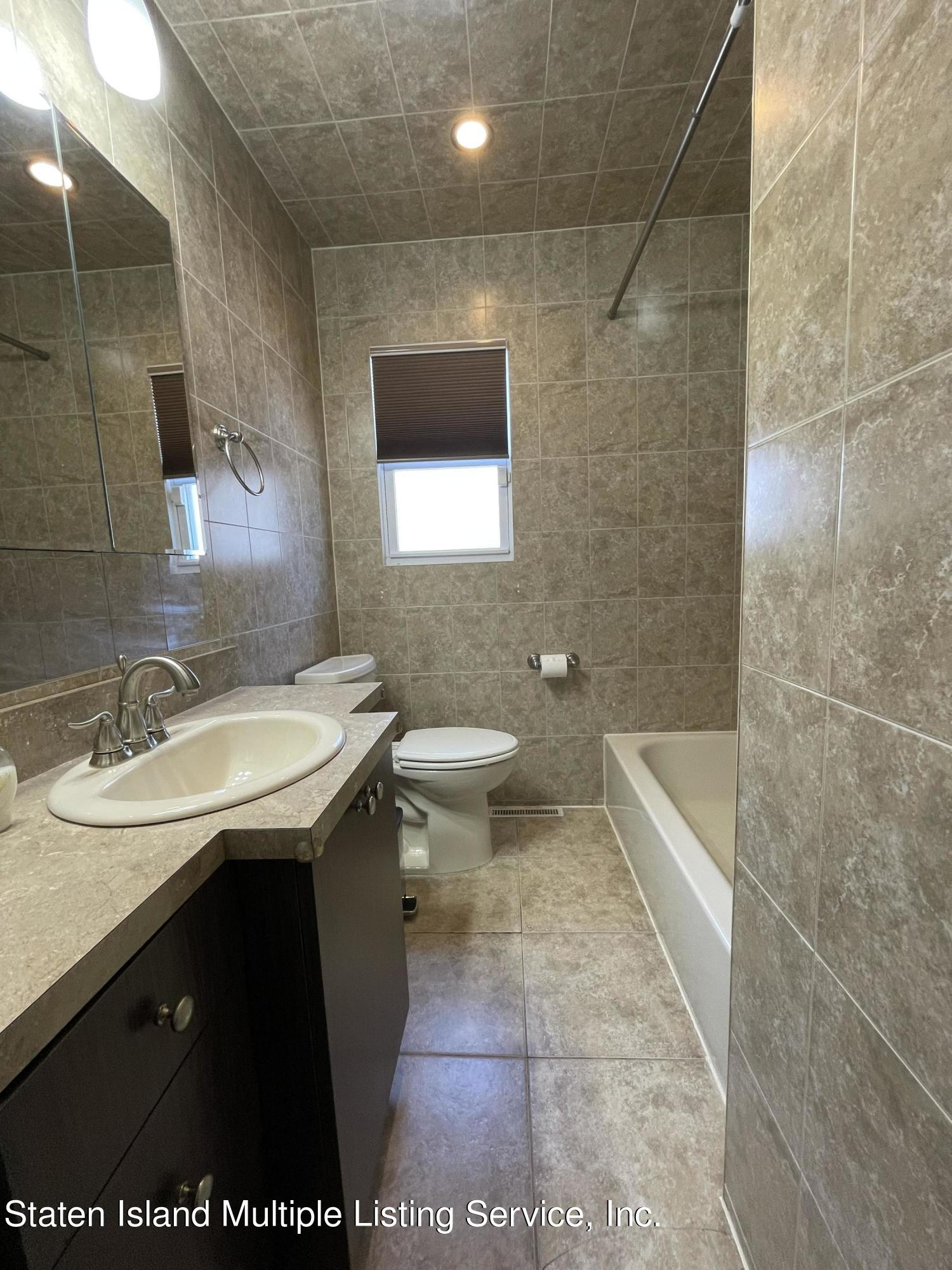 Single Family - Detached 21 Hawley Avenue  Staten Island, NY 10312, MLS-1146738-16