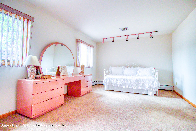 Single Family - Detached 124 Montreal Avenue  Staten Island, NY 10306, MLS-1146756-13