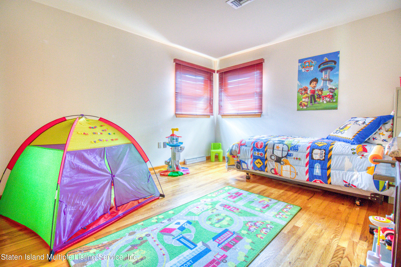 Single Family - Detached 124 Montreal Avenue  Staten Island, NY 10306, MLS-1146756-12