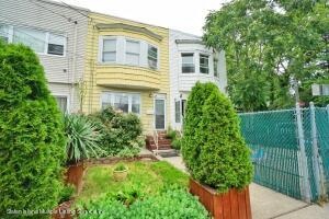 823 W Fingerboard Road, Staten Island, NY 10305