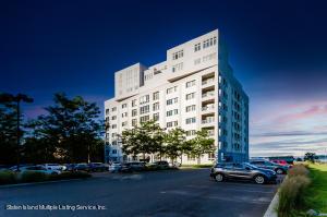 90 Bay St Landing, 4f, Staten Island, NY 10301