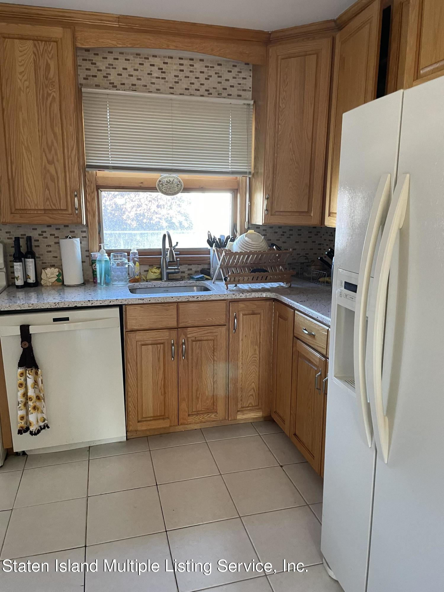 Single Family - Semi-Attached 453 Eltingville Boulevard  Staten Island, NY 10312, MLS-1147072-2