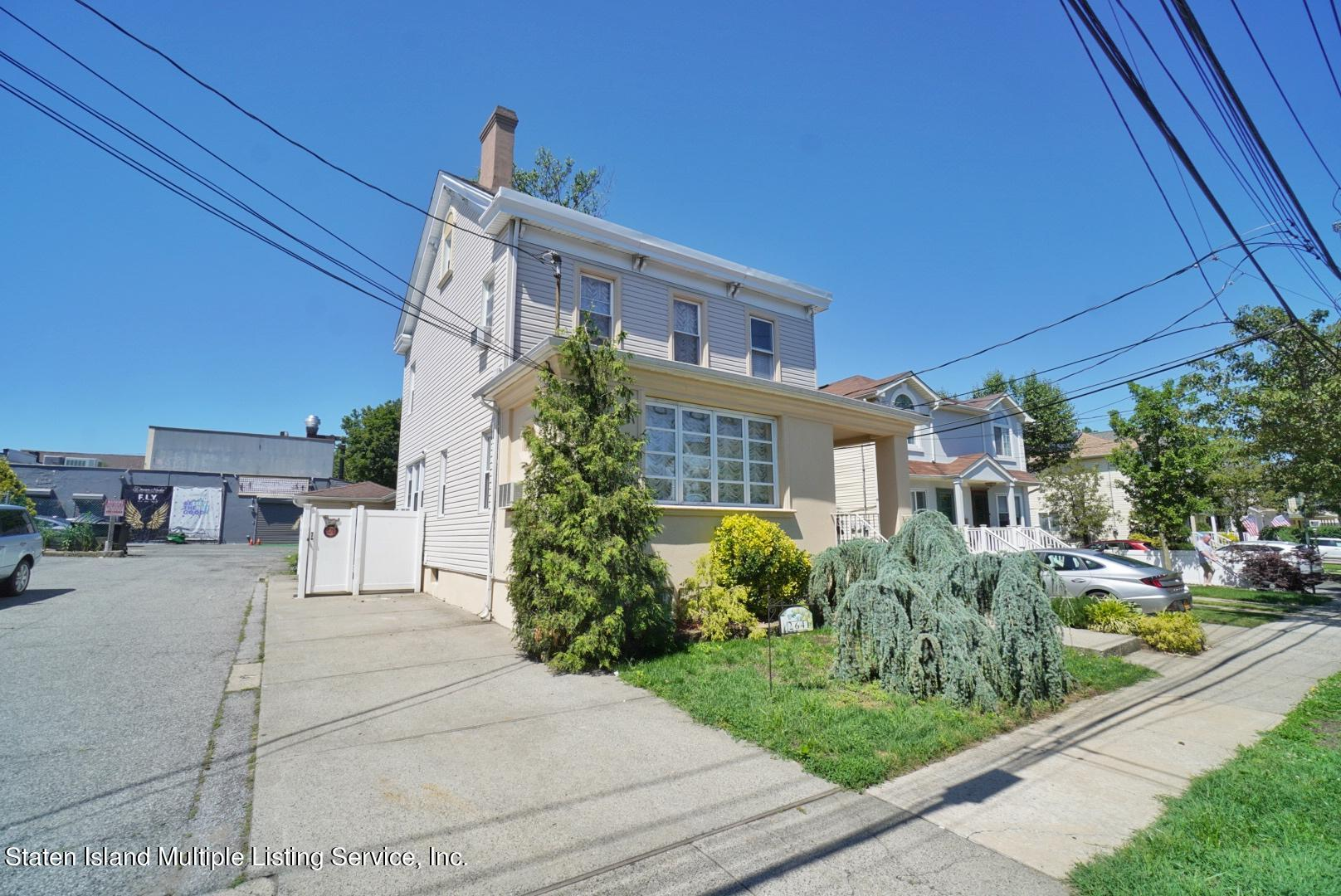 Single Family - Detached 264 Fisher Avenue  Staten Island, NY 10307, MLS-1146898-4