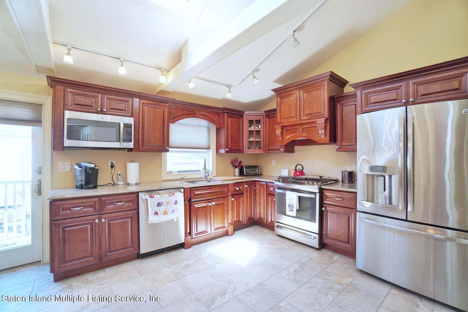 Single Family - Detached 264 Fisher Avenue  Staten Island, NY 10307, MLS-1146898-20