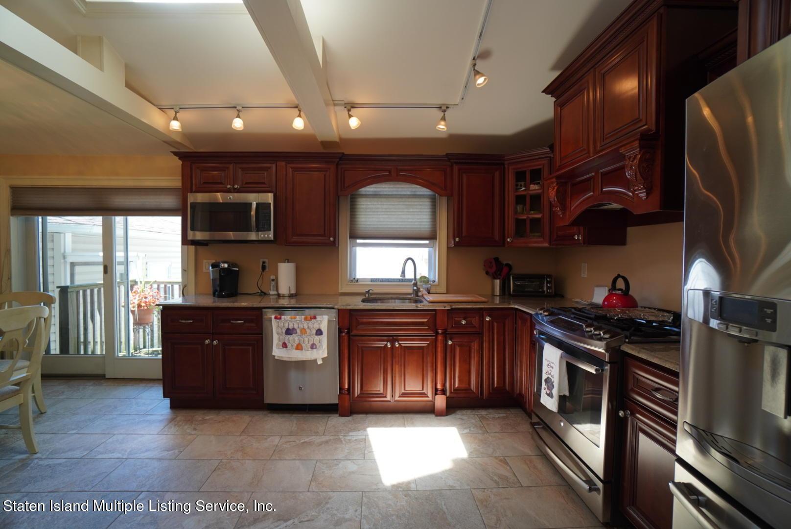 Single Family - Detached 264 Fisher Avenue  Staten Island, NY 10307, MLS-1146898-21
