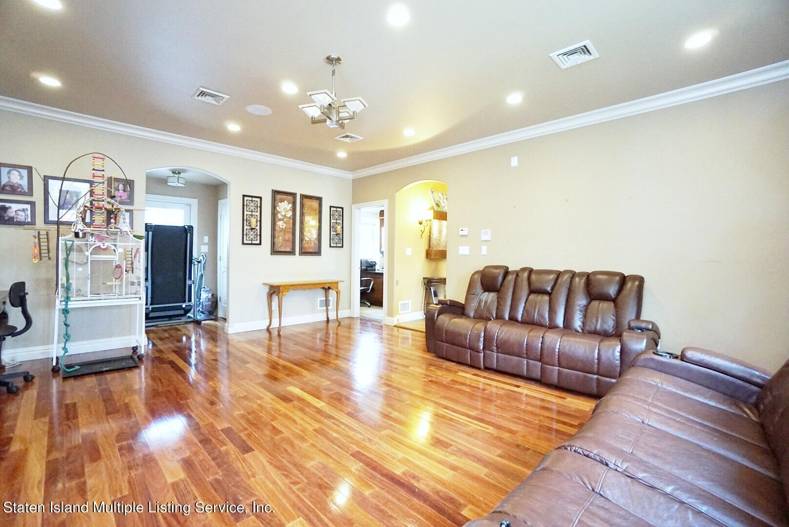 Single Family - Detached 206 Ramapo Avenue  Staten Island, NY 10309, MLS-1147193-6