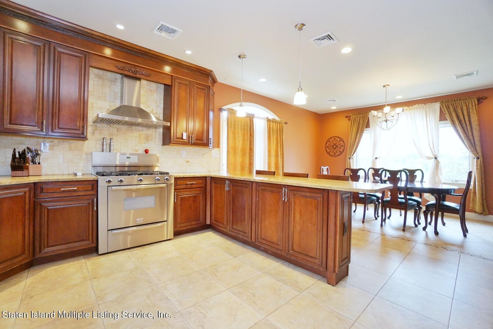 Single Family - Detached 206 Ramapo Avenue  Staten Island, NY 10309, MLS-1147193-12