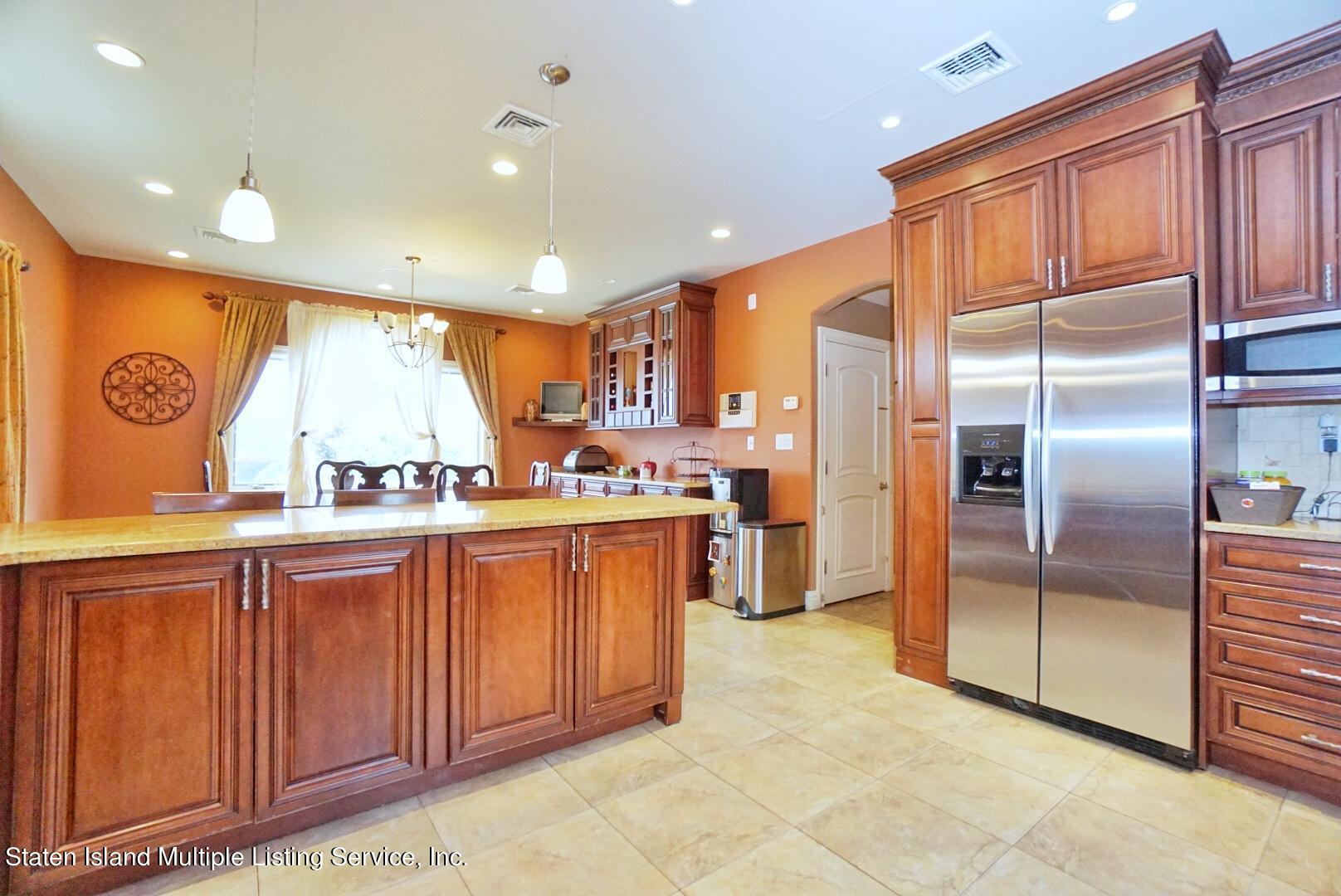 Single Family - Detached 206 Ramapo Avenue  Staten Island, NY 10309, MLS-1147193-15