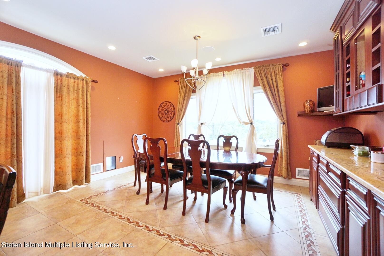 Single Family - Detached 206 Ramapo Avenue  Staten Island, NY 10309, MLS-1147193-10