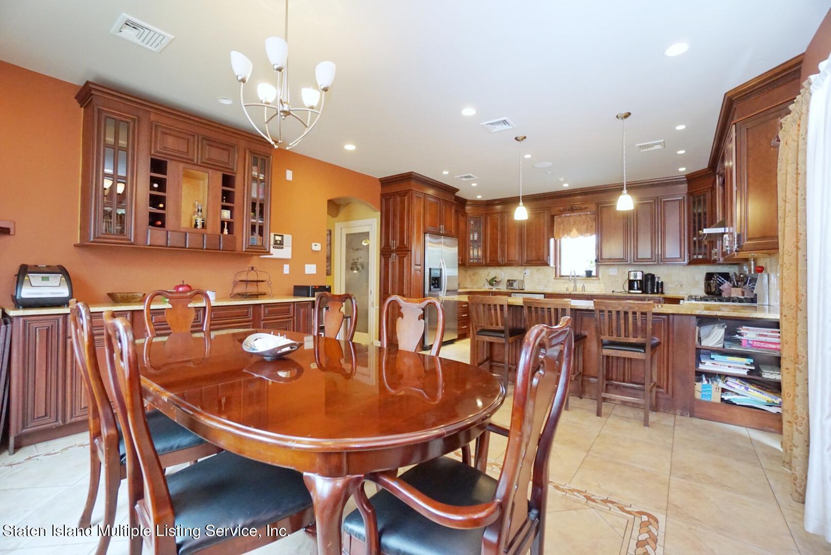 Single Family - Detached 206 Ramapo Avenue  Staten Island, NY 10309, MLS-1147193-11