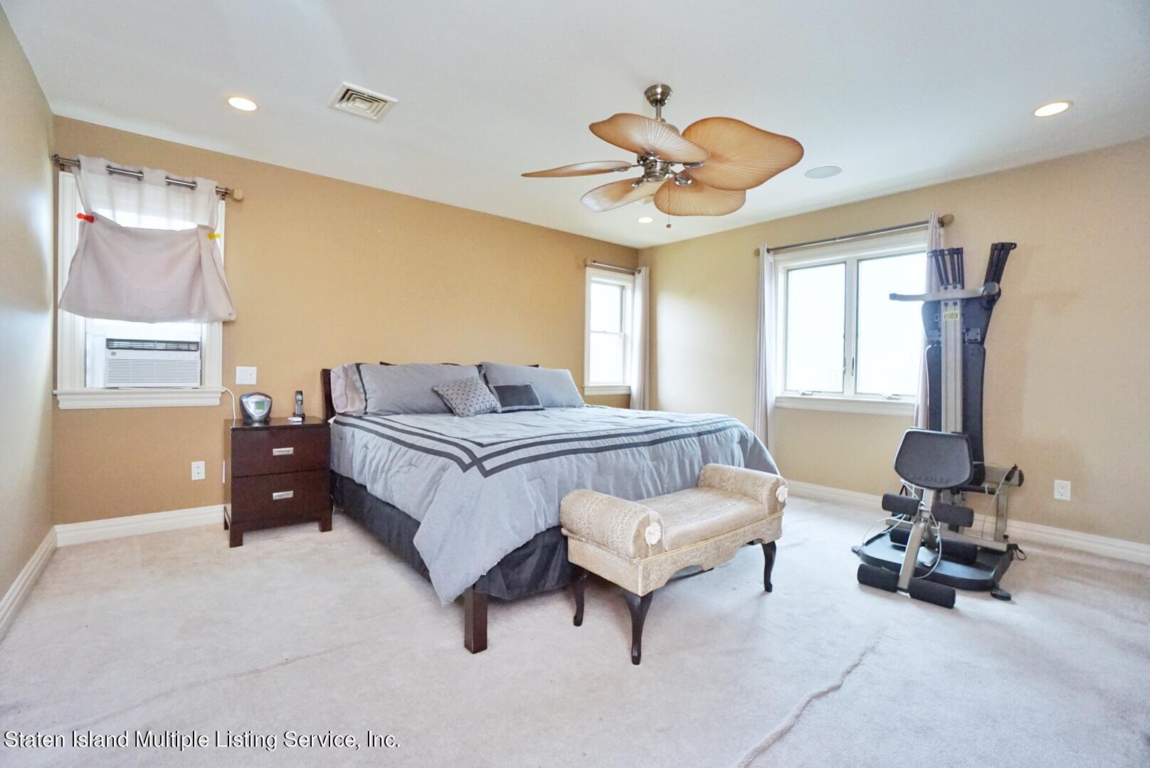 Single Family - Detached 206 Ramapo Avenue  Staten Island, NY 10309, MLS-1147193-17