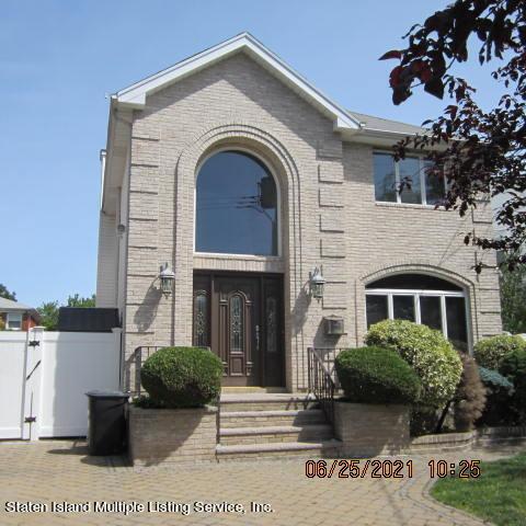 Single Family - Detached 403 Edgegrove Avenue  Staten Island, NY 10312, MLS-1147325-59