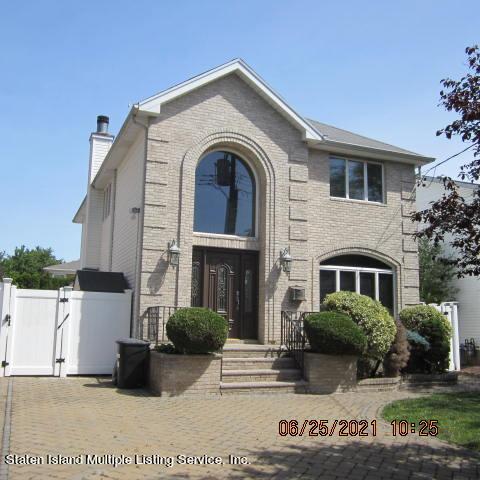 Single Family - Detached 403 Edgegrove Avenue  Staten Island, NY 10312, MLS-1147325-2