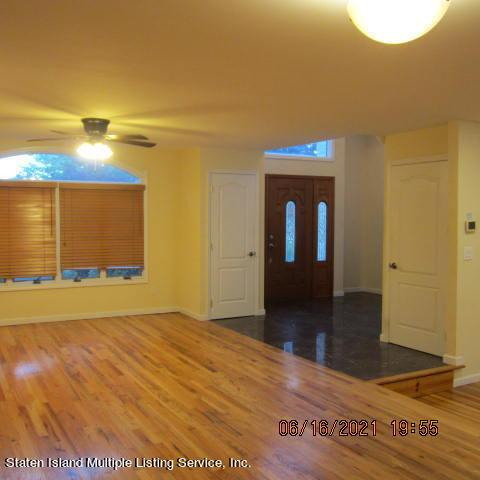 Single Family - Detached 403 Edgegrove Avenue  Staten Island, NY 10312, MLS-1147325-9