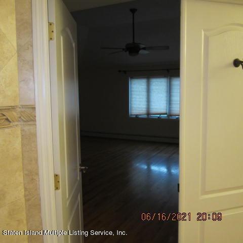 Single Family - Detached 403 Edgegrove Avenue  Staten Island, NY 10312, MLS-1147325-27
