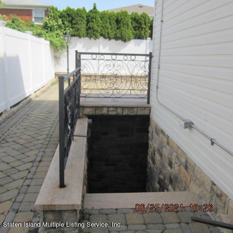 Single Family - Detached 403 Edgegrove Avenue  Staten Island, NY 10312, MLS-1147325-49