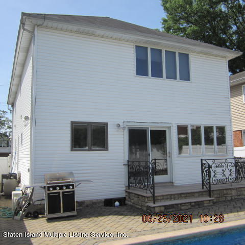 Single Family - Detached 403 Edgegrove Avenue  Staten Island, NY 10312, MLS-1147325-56