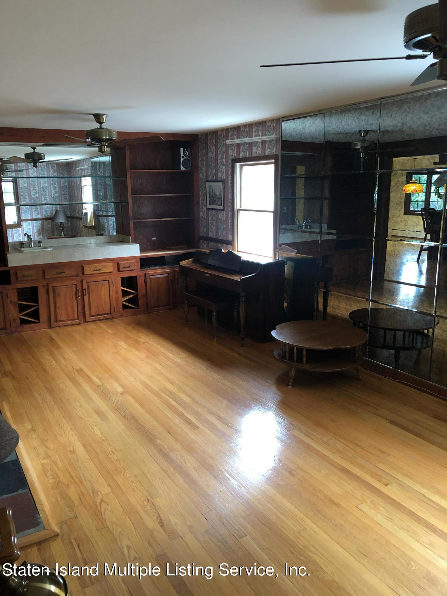 Single Family - Detached 88 Howton Avenue  Staten Island, NY 10308, MLS-1147500-9