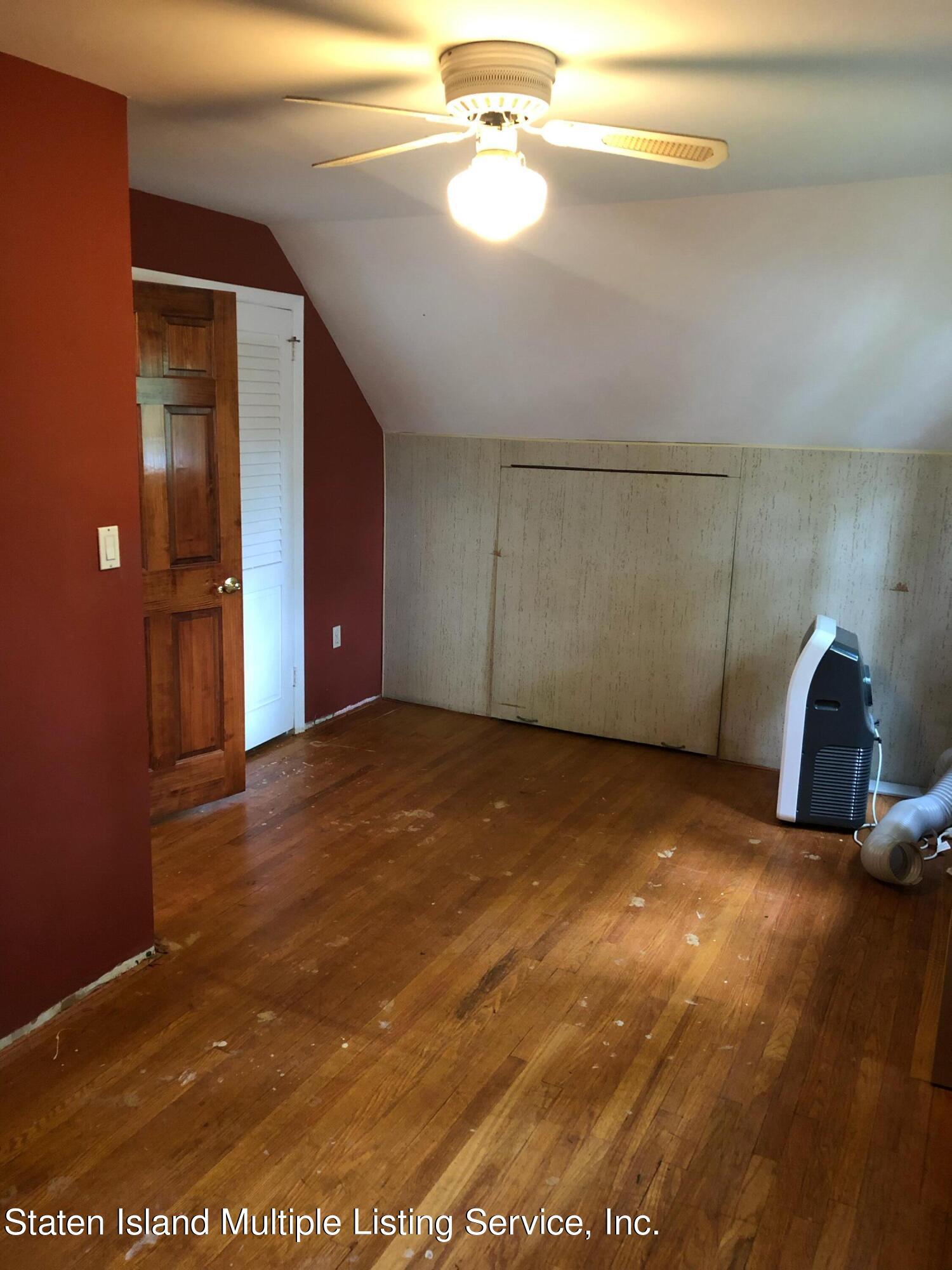 Single Family - Detached 88 Howton Avenue  Staten Island, NY 10308, MLS-1147500-12
