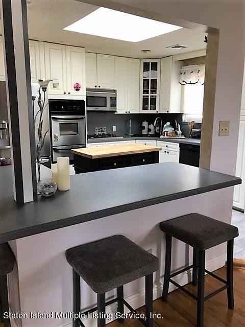 Single Family - Detached 279 Sheldon Avenue  Staten Island, NY 10312, MLS-1147616-9