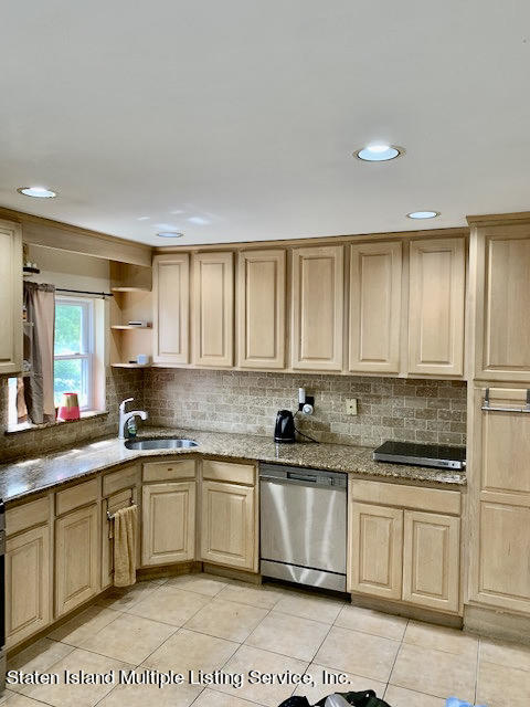 Two Family - Detached 953 Westwood Avenue  Staten Island, NY 10314, MLS-1147374-5