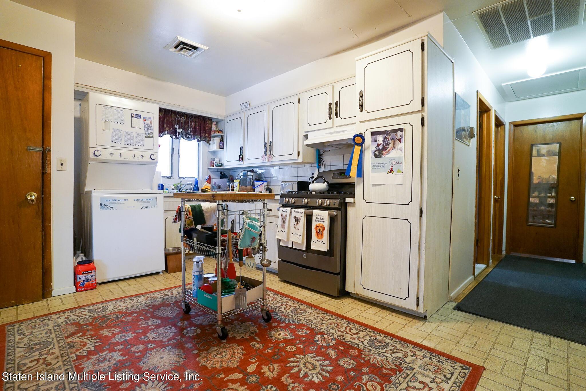 Single Family - Detached 121 Parkinson Avenue  Staten Island, NY 10305, MLS-1147747-14