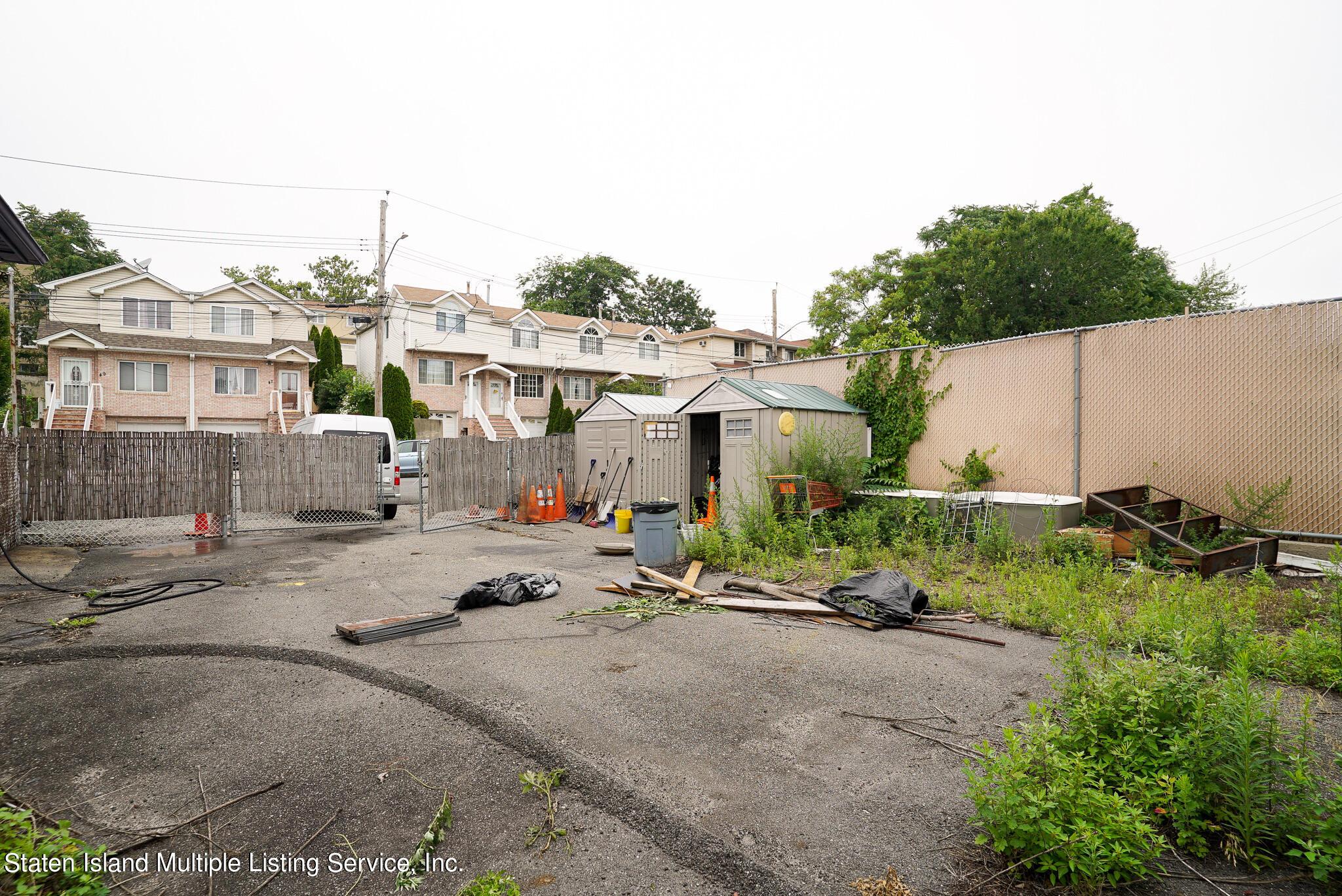 Single Family - Detached 121 Parkinson Avenue  Staten Island, NY 10305, MLS-1147747-28