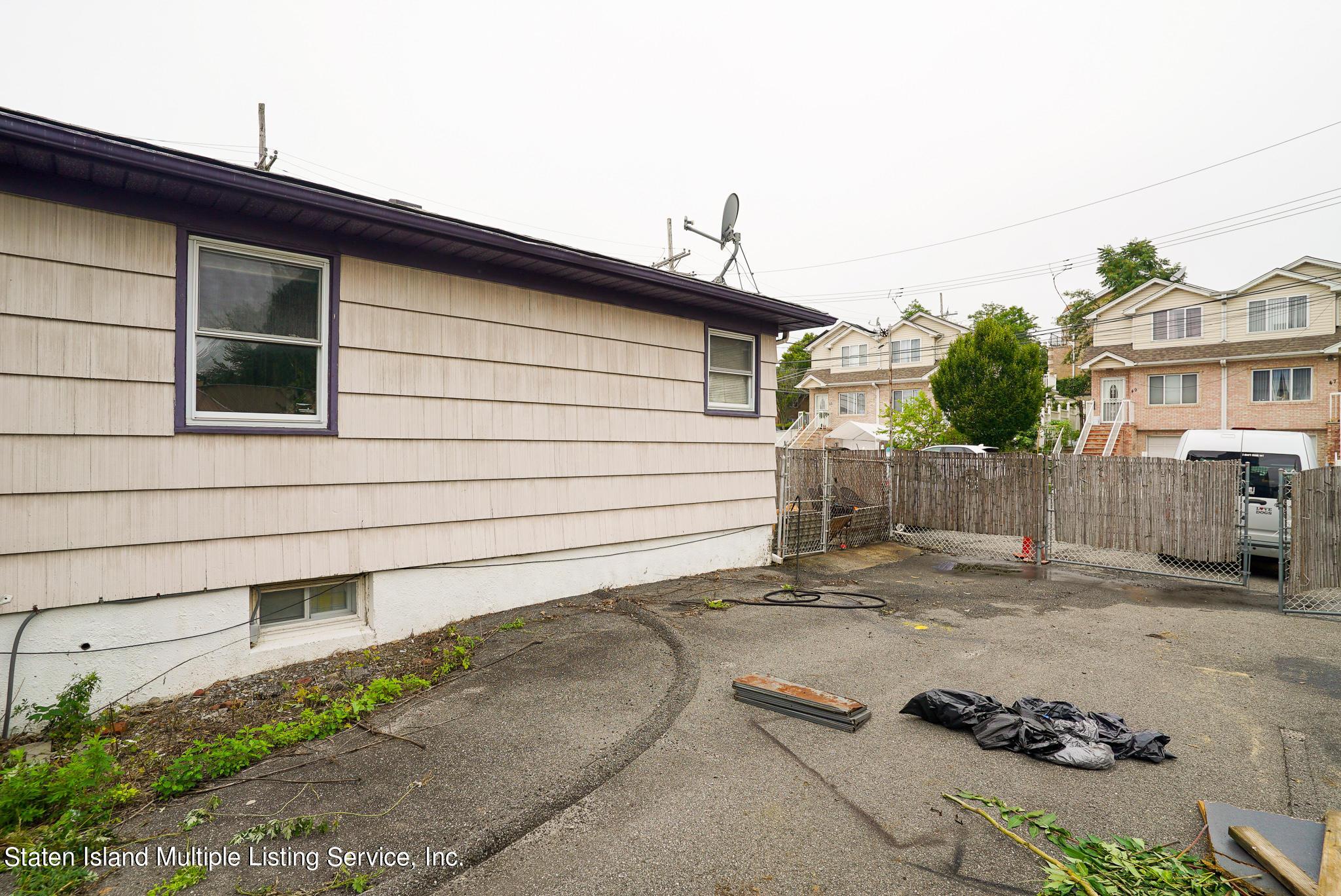 Single Family - Detached 121 Parkinson Avenue  Staten Island, NY 10305, MLS-1147747-29