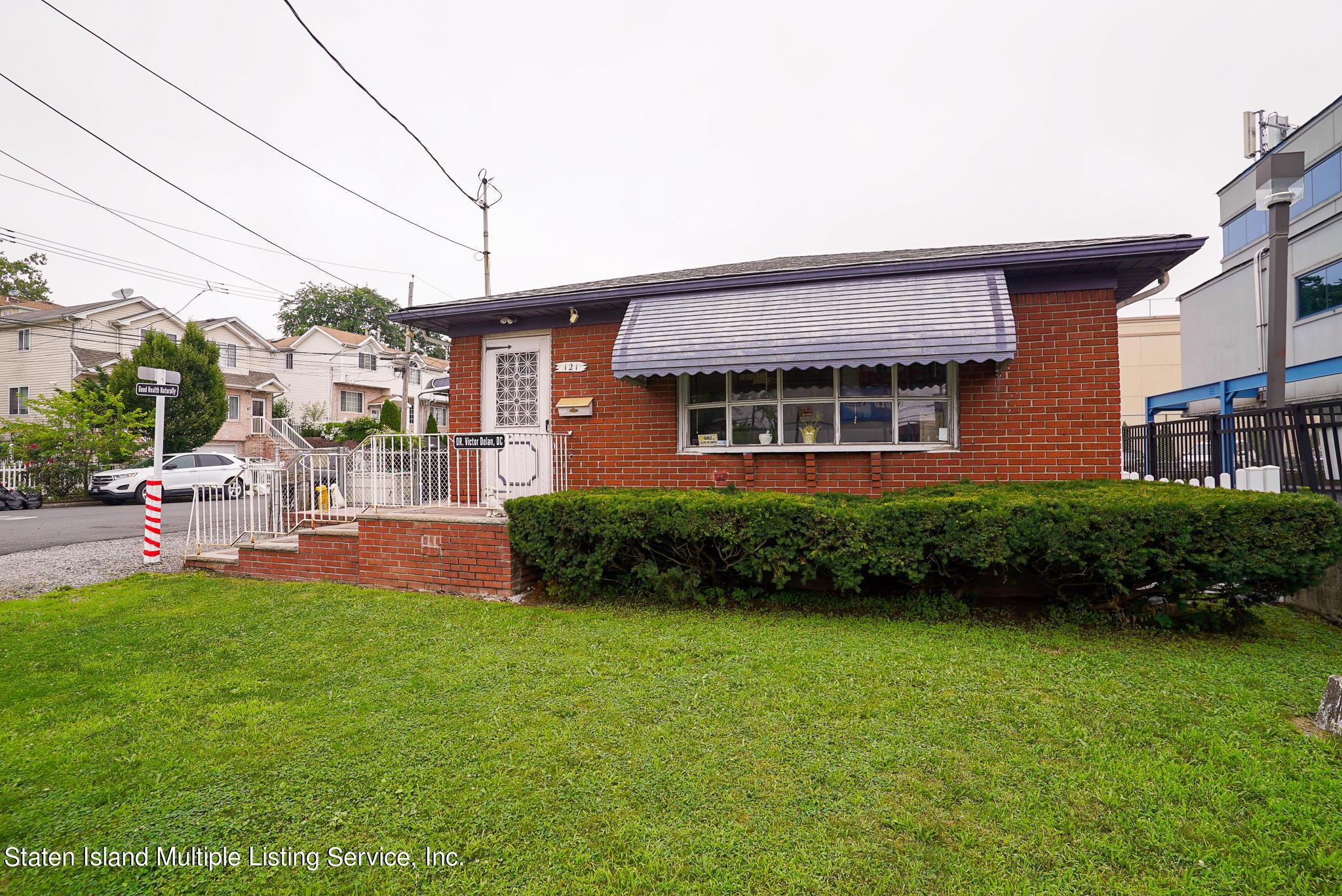 Single Family - Detached 121 Parkinson Avenue  Staten Island, NY 10305, MLS-1147747-3
