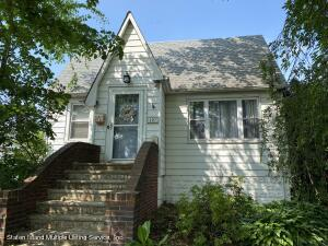 207 Hunter Avenue, Staten Island, NY 10306