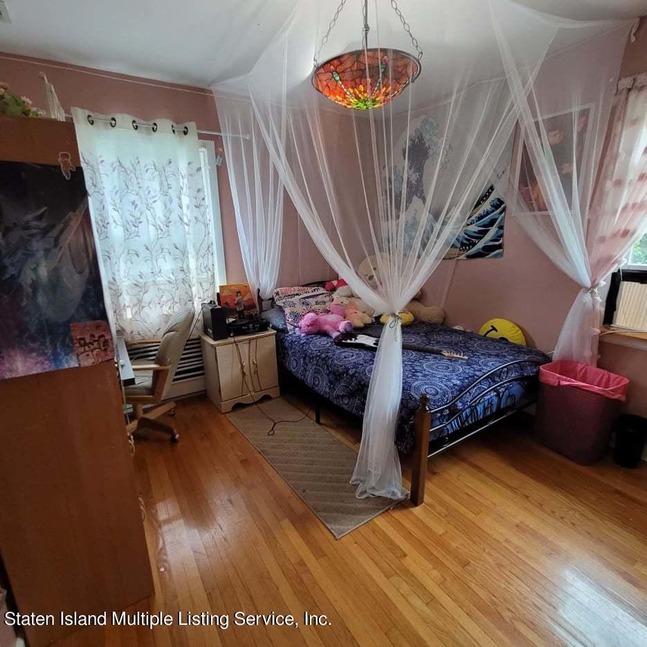 Single Family - Detached 180 Jefferson Avenue  Staten Island, NY 10306, MLS-1147797-17