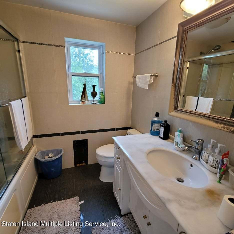 Single Family - Detached 180 Jefferson Avenue  Staten Island, NY 10306, MLS-1147797-19