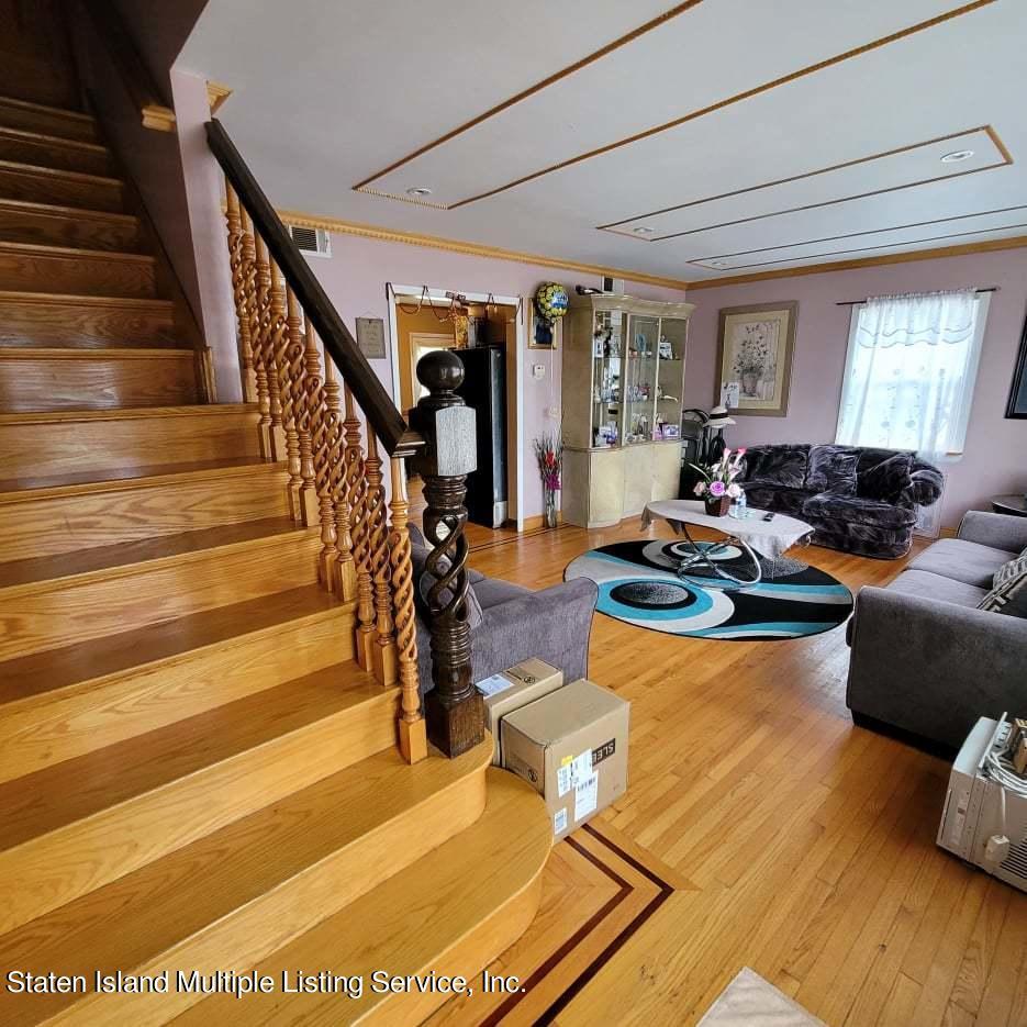 Single Family - Detached 180 Jefferson Avenue  Staten Island, NY 10306, MLS-1147797-9