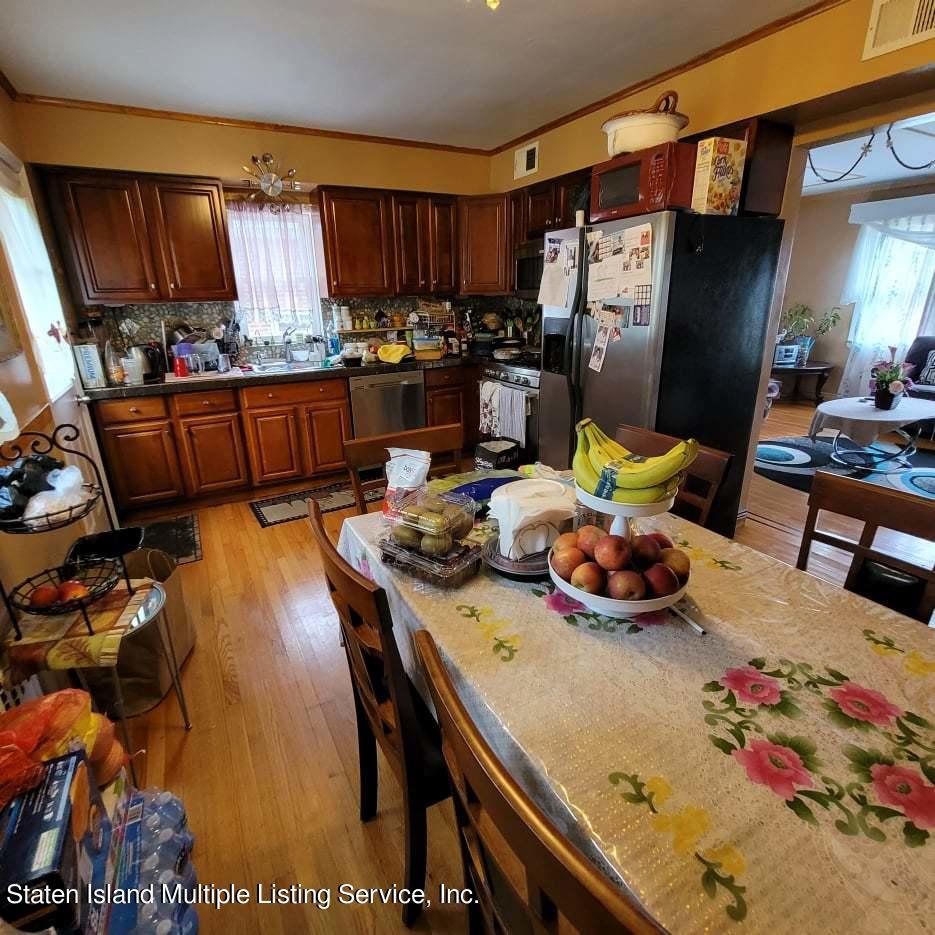 Single Family - Detached 180 Jefferson Avenue  Staten Island, NY 10306, MLS-1147797-14