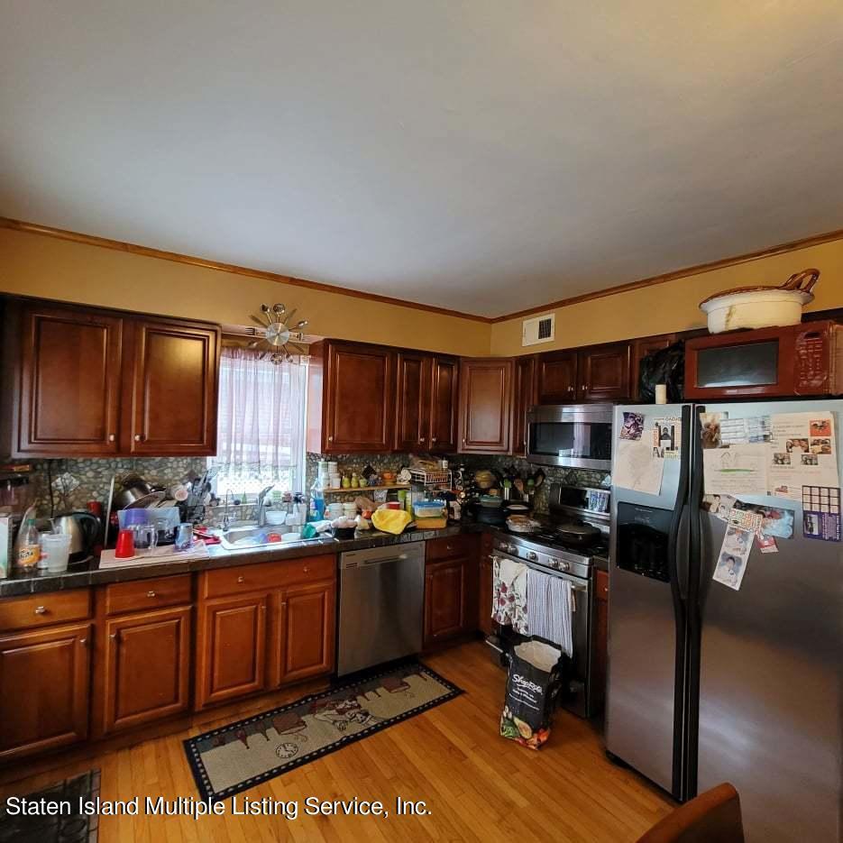 Single Family - Detached 180 Jefferson Avenue  Staten Island, NY 10306, MLS-1147797-15