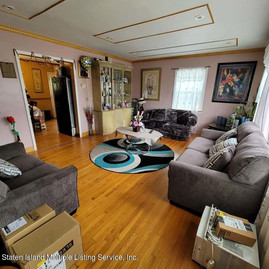 Single Family - Detached 180 Jefferson Avenue  Staten Island, NY 10306, MLS-1147797-10