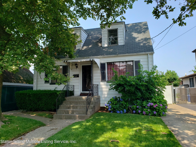 Single Family - Detached in Grant City - 189 Adams Avenue   Staten Island, NY 10306