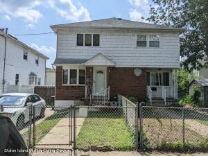 8 Aspinwall Street, Staten Island, NY 10307