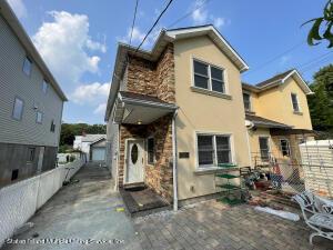 389 Greeley Avenue, Staten Island, NY 10306