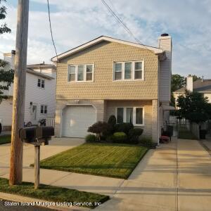 185 Spratt Avenue, Staten Island, NY 10306